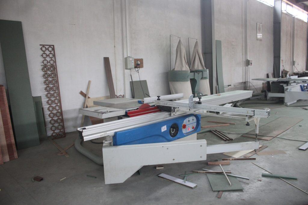 Máy cắt bàn trượt KDT KS 138