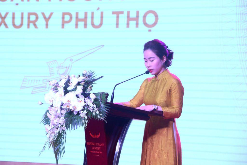 Bà Lê Thị Hoàng Yến cảm ơn lãnh đạo các cấp tình Phú Thọ, cùng các đối tác, nhà thầu đã đồng hành cùng khách sạn Mường Thanh Luxury Phú Thọ.