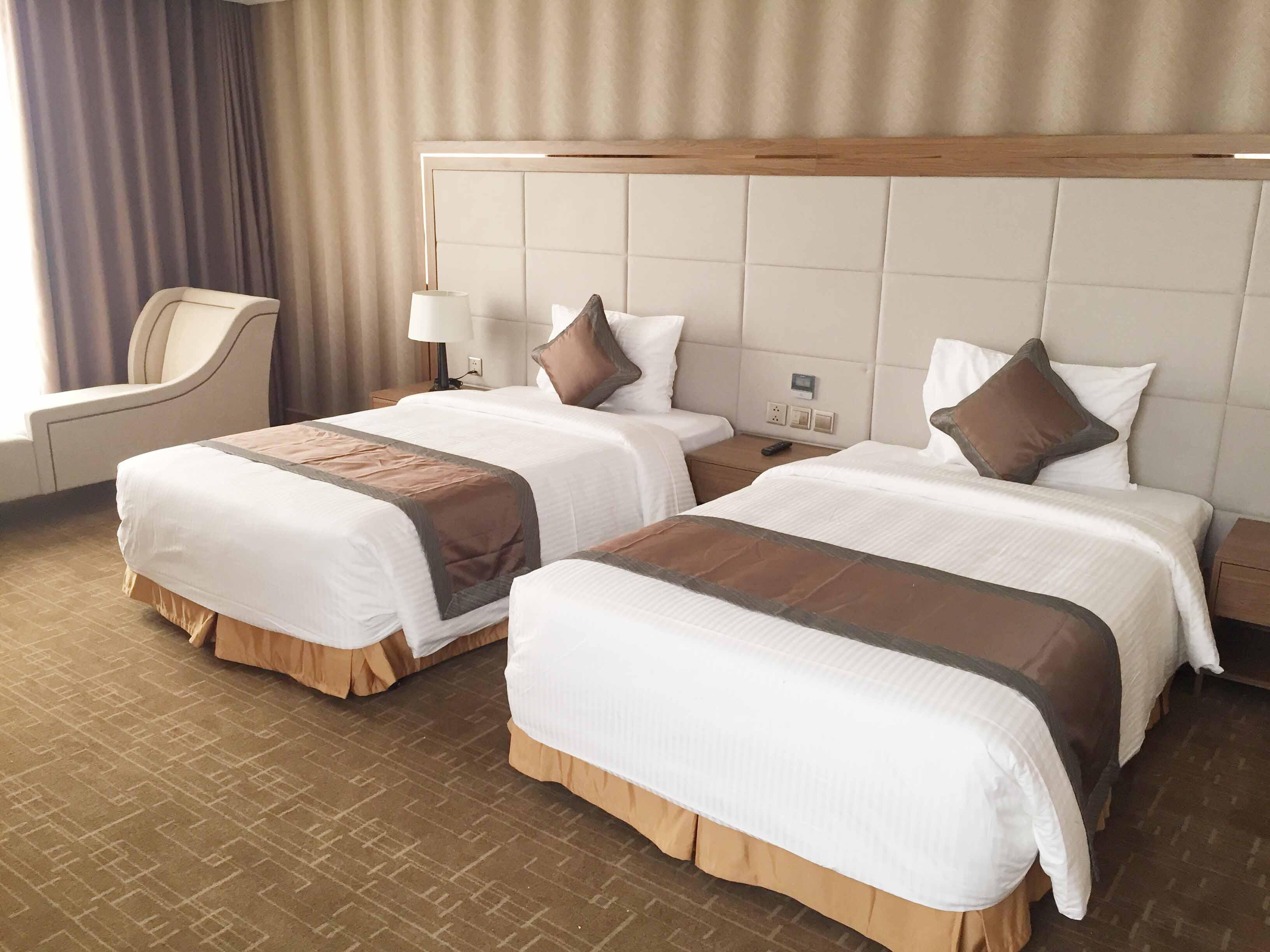 Nội thất phòng khách sạn Luxury Mường Thanh Phú Thọ do Công ty Cổ phần Siêu Chung Kỳ thi công.